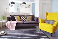 80㎡北欧风运用黄、白、浅蓝色调,营造温馨的单身公寓