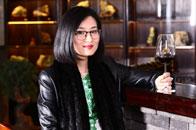 泰和园邵洁理荣获2018红木家具杰出青年企业家
