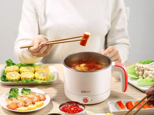 還在天天點外賣?凱琴優選電煮鍋輕松煮好家常飯