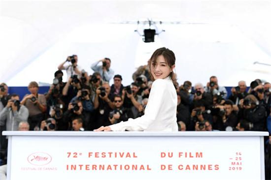 专访万茜:宝藏女演员遇上新国货智造