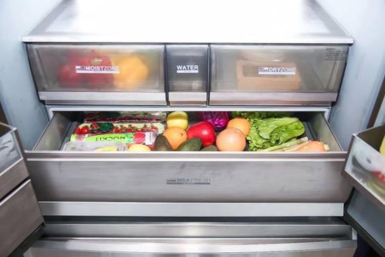 冰箱里的菜为何还会蔫?因为缺一项技术,卡萨帝解决了!