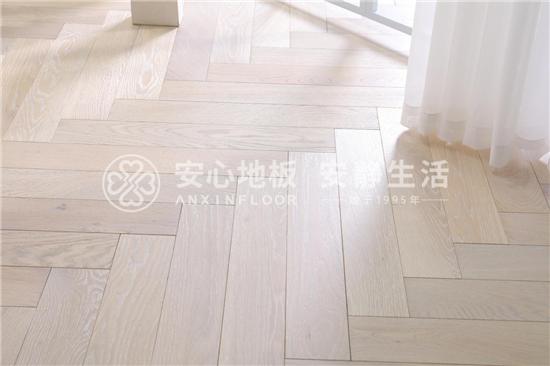 安心地板:除了买好地板,这几点也很重要!