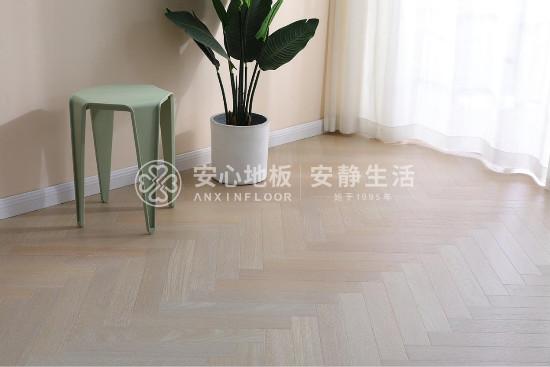 安心地板:我的家很美,跟木地板有關......
