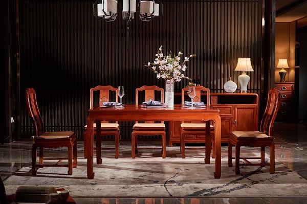 雅宋红木《明月方餐台》