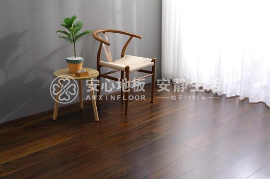 實木復合地板與強化復合地板哪個好?