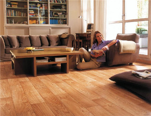 家用弹性地板.jpg
