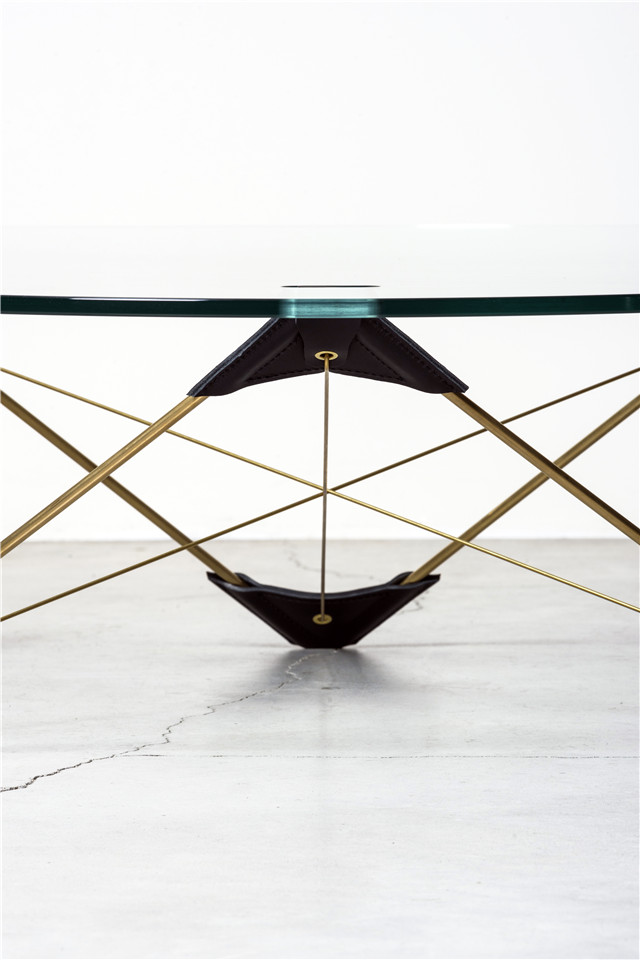 MOJ18_Atelier LAVIT - RECONVEXO low table Nilufar Gallery 2 ©DanieleIodice.jpg