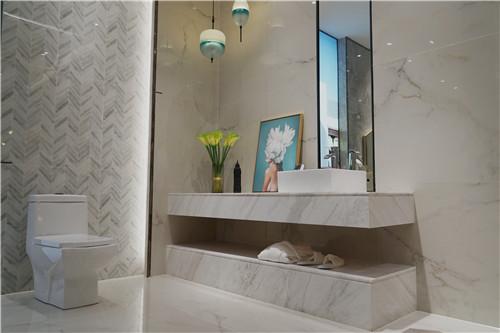 评测 蒙娜丽莎瓷砖罗马宝石系列 经典皇家的原石美学