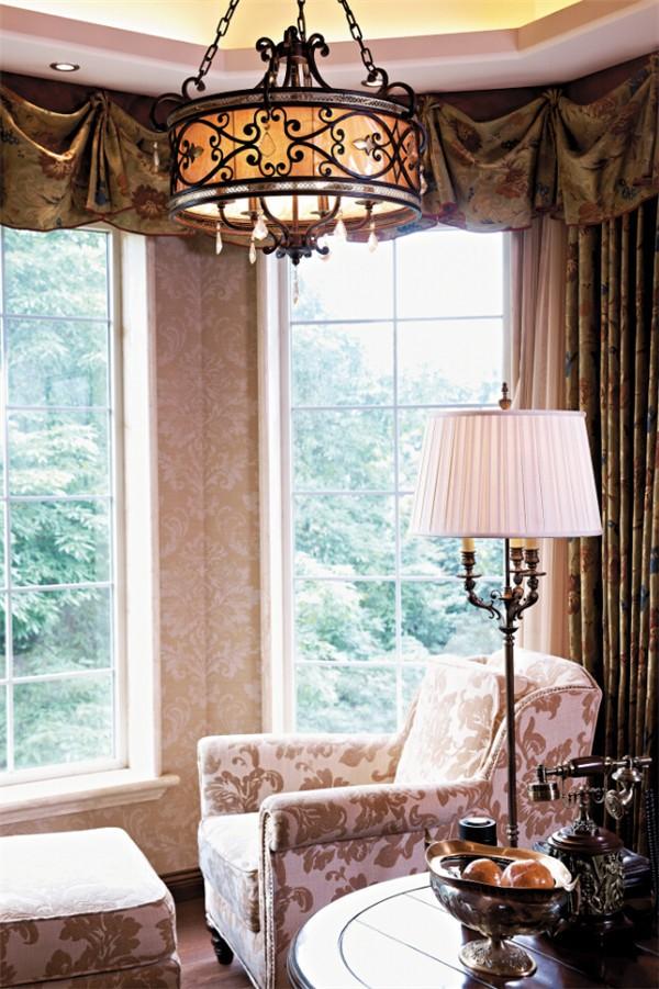 260平典雅欧式复古风格别墅,超美超奢华!图片