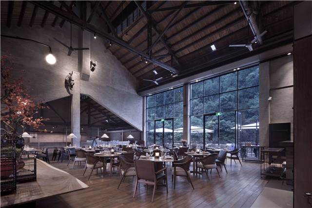 06 餐厅.jpg