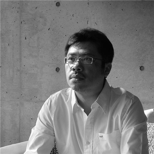 羅耕甫設計師照片.jpg