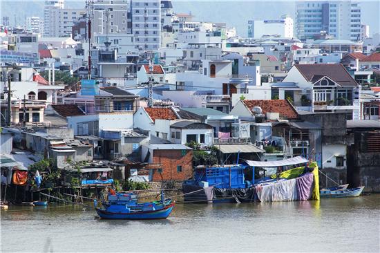 1个月砸5.8亿!家具业巨头为何纷纷加码越南?