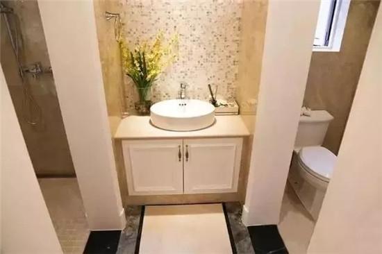 原来现在流行三式分离,保证了卫生间的干净和卫生