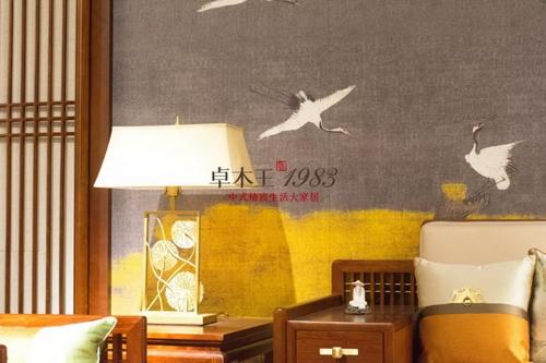 卓木王新经典系列——《瑞鹤图》客厅背景墙