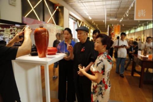 第三届上海民间艺术成果展新闻稿(配图)1307.png