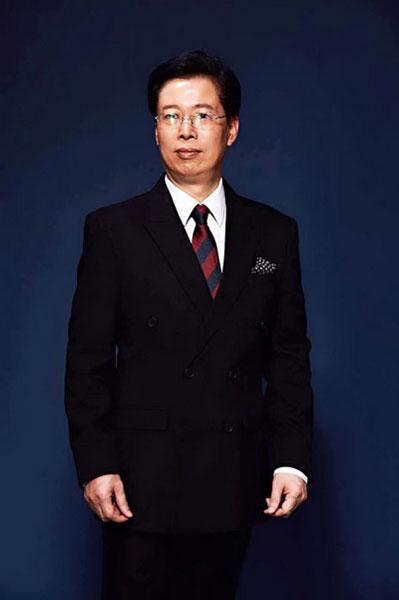 深圳家具研究开发院院长,南京林业大学博士生导师许柏鸣
