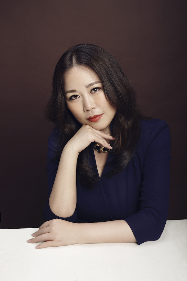Grace Chen 公关照1的副本.jpg