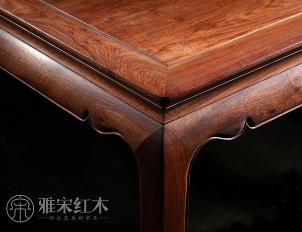 """雅宋红木家具具有""""六面好""""特质,做到质量如一、里外如一"""