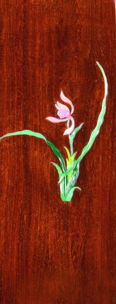 《兰花椅》的设计表现了中国美学中简素与空灵的思想.jpg