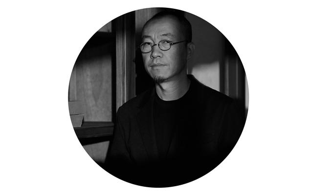 吕永中-半身近照-2019.jpg
