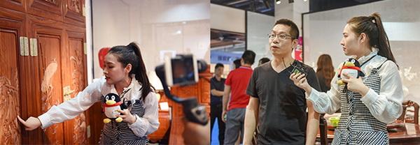 腾讯家居记者走进2019中山红博会,通过直播向大众介绍参展品牌的产品特色和加盟选购优惠等