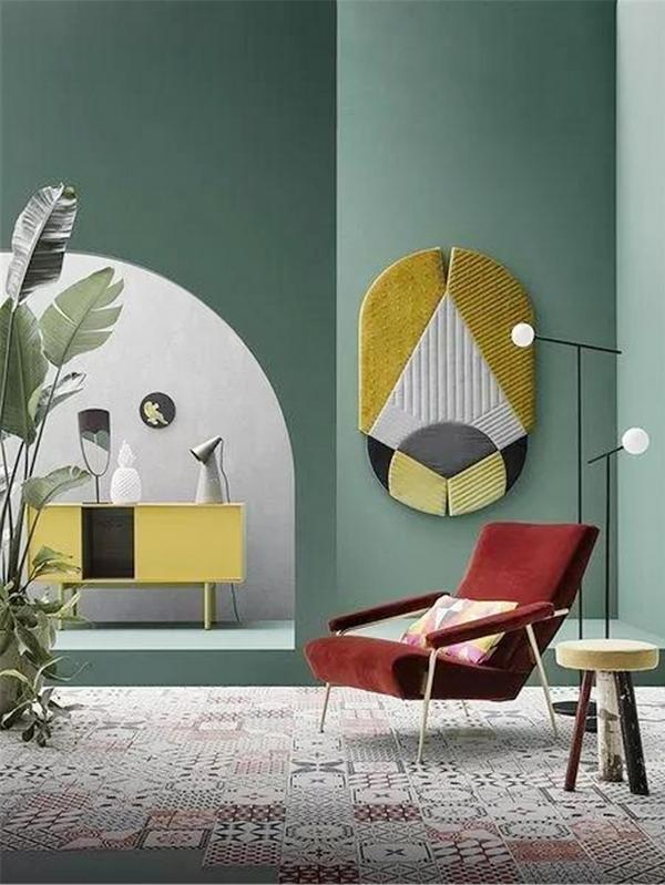 大面积的牛油果绿墙壁,与亮色的家具搭配,自然又雅致小.jpg