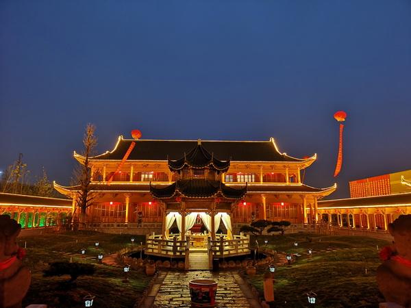 魯班木藝以新的角度和觀念與傳統工藝結合,把一個中國式雅致生活方式立體真實的呈現在世界面前.jpg