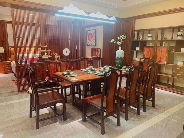 卓木王雅餐厅空间