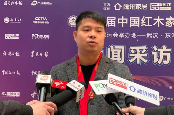 东阳市远达红木家具有限公司(华夏一品)总经理张拓接受了CCTV、腾讯家居、太平洋家居、广东电视台、广州电视台、品牌红木等媒体联访