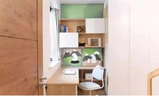 卧室+书房的组合形式,非常有格调