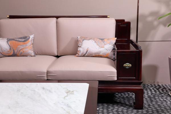 《佳境沙发》软包健康舒适,颜色清新靓丽