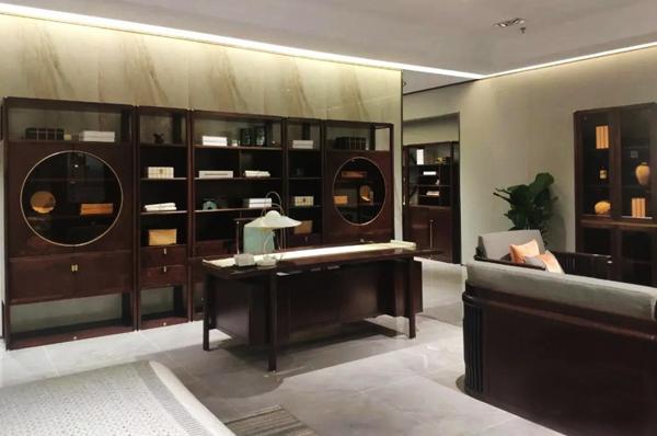 东成红木文化馆让更多人了解优秀的中国传统文化和丰富的红木家具艺术内涵