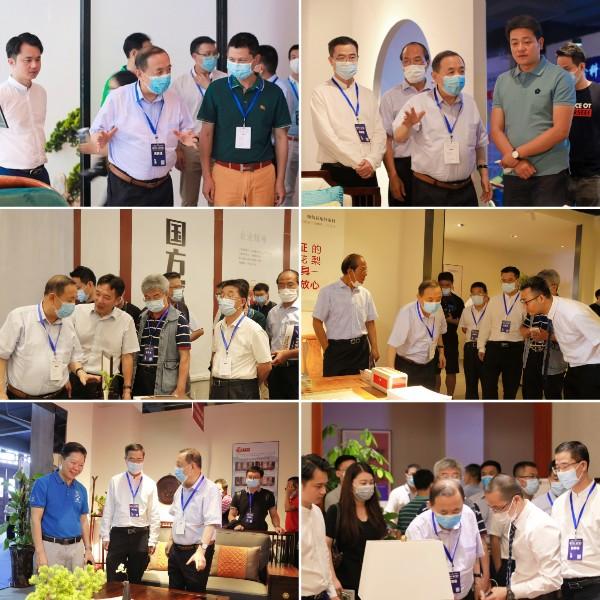 领导嘉宾们参观了第四届新中式红木展的重点企业和知名品牌
