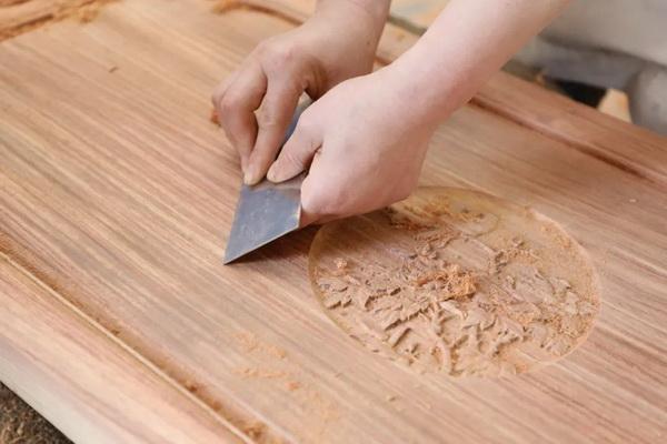 精湛工艺塑造了中信红木家具的灵气与品质