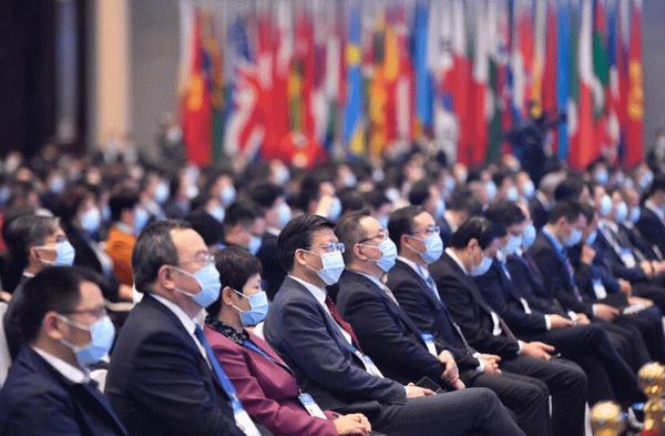 11月23日,世界互联网大会·互联网发展论坛在浙江乌镇开幕。(新华社记者 黄宗治 摄).png