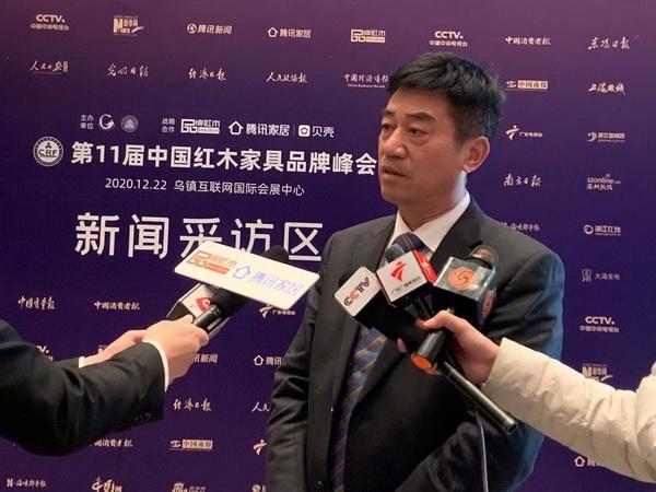新明下载董事长张新民接受央视、腾讯家居等媒体联访