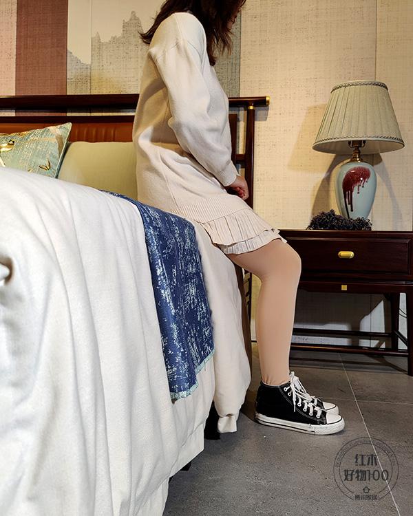 床面与地面高度适宜,铺上床垫被褥后,也能轻松起落