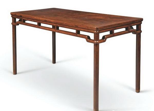 清17世纪黄花梨裹腿罗锅枨画桌(212.5万)_调整大小.jpg
