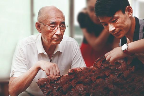 在邵湘文大师身上,我们看到了大国工匠精神.jpg