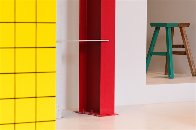29 瓷砖改色与槽钢形成的结构感.jpg