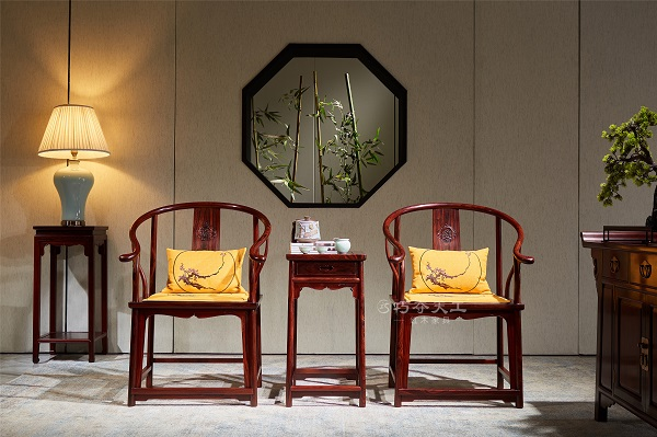 万博注册页面红木明式圈椅.jpg