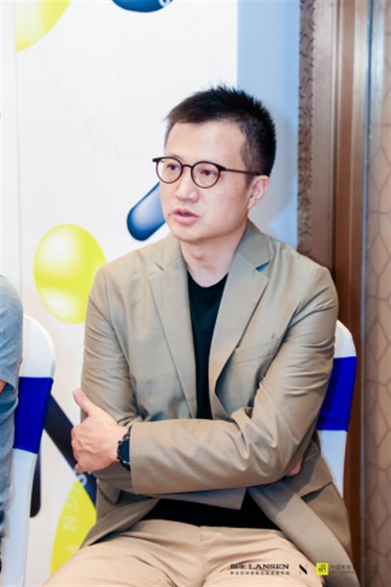 0923新商业空间大奖启动礼群访稿513.png
